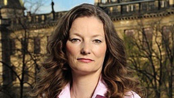 Monika Nedelková, finanční arbitr
