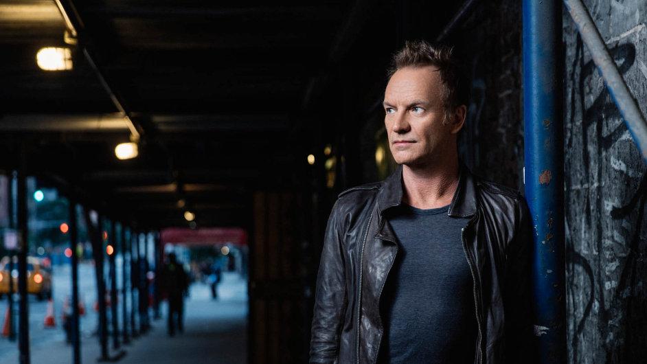 Nové Stingovo album se jmenuje 57th & 9th podle křižovatky v New Yorku, kudy zpěvák každý den chodil do studia.
