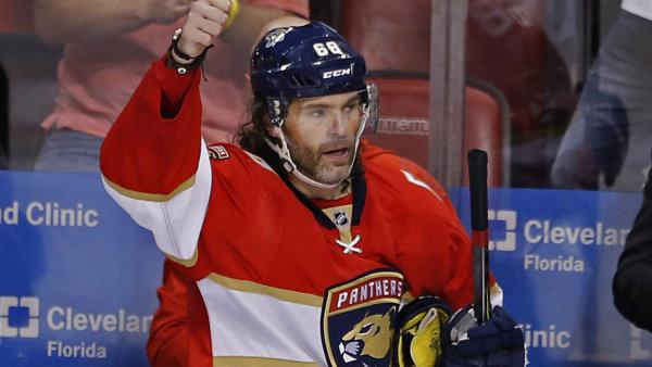 Jaromír Jágr po dosáhnutí druhého místa v historickém bodování NHL.