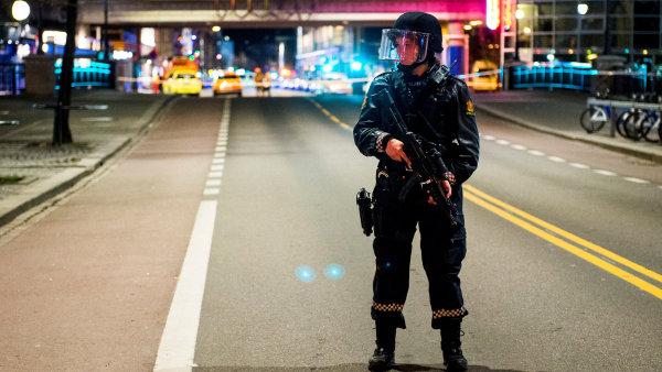 Mladý Rus je podezřelý z nastražení bomby v centru Osla, kterou nakonec řízeně odpálila policie.