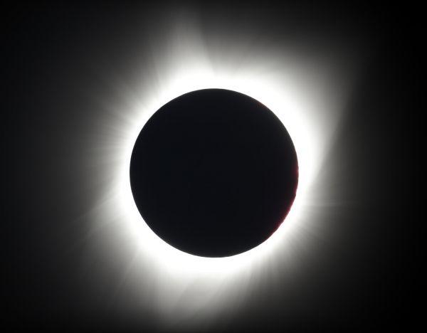 Úplné zatmění Slunce. Redmond, Oregon, USA