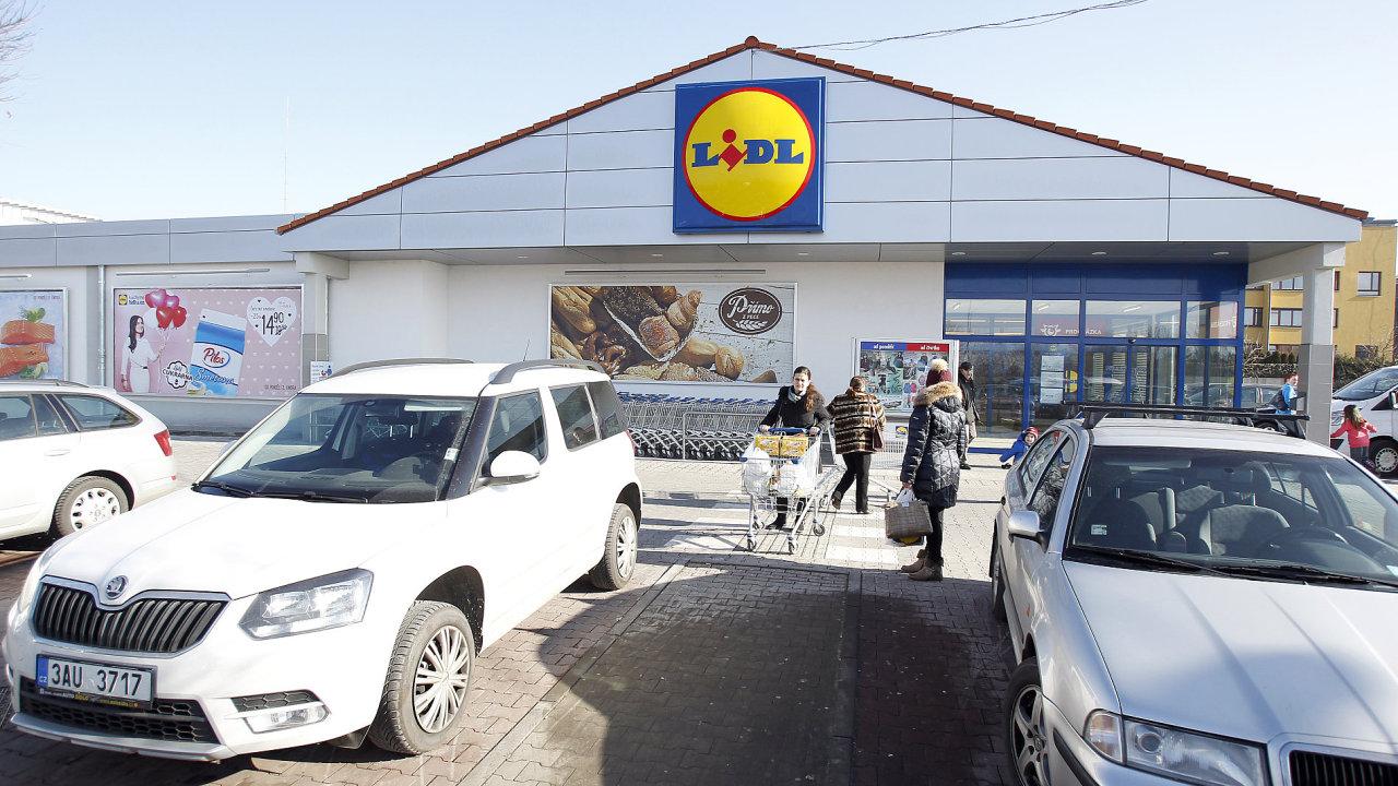Maloobchodní řetězec Lidl za uplynulý finanční rok vydělal 1,7 miliardy korun.
