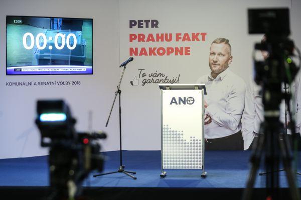 Petr Stuchlík ve volebním štáb hnutí ANO