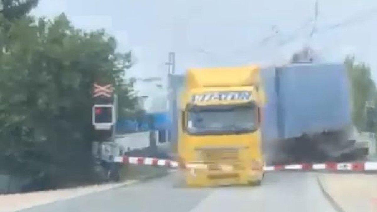 kamion v Uhříněvsi