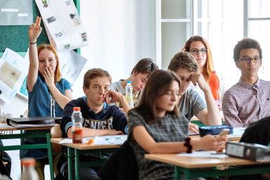 Ke stávce se podle místopředsedkyně odborů Seidlové hlásí víc než 50 procent škol - Ilustrační foto.