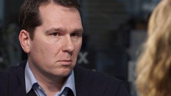 Novák: Mobilní trh potřebuje operaci, ministerstvo ale řeklo, že stačí si vykloktat.
