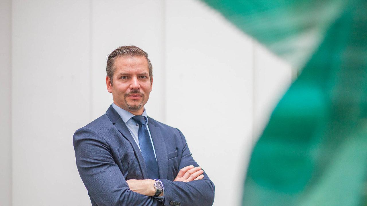 Hlavní český zástupce nově zřízené evropské prokuratury, Petr Klement, který byl jmenován vlétě, bude sedět vLucemburku.