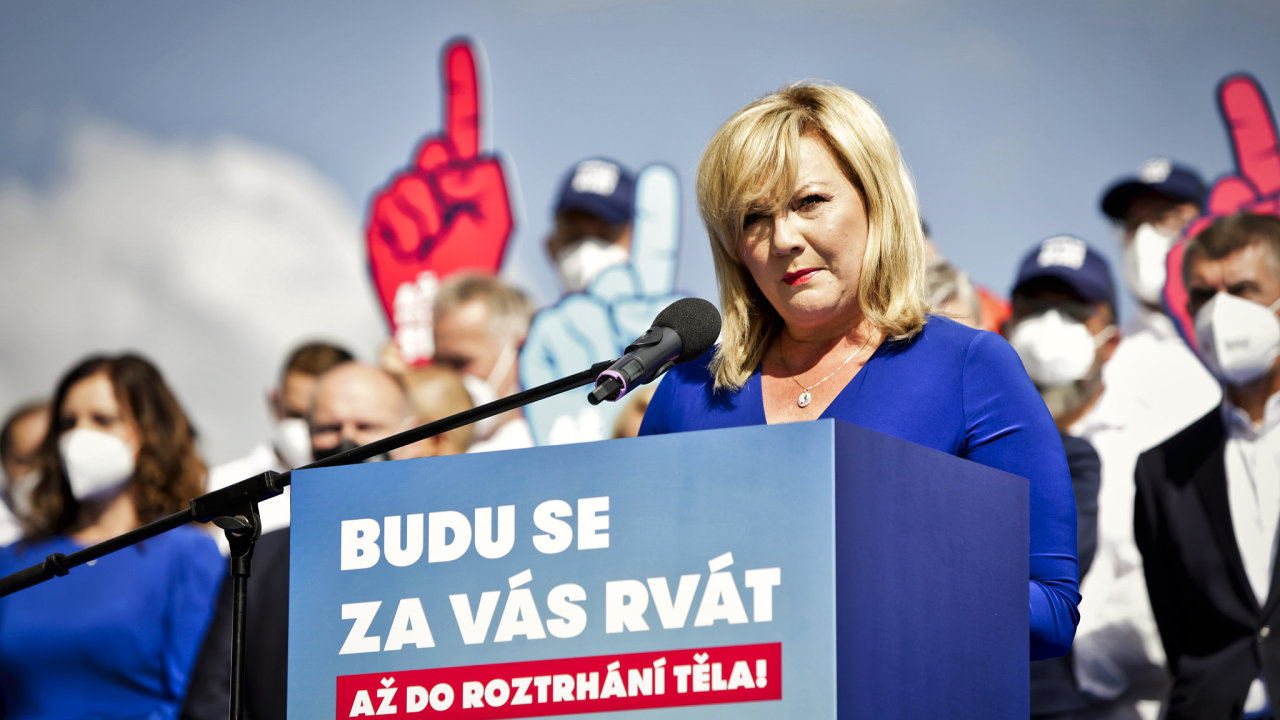 Hnutí ANO, oslabené na jihu Moravy mimo jiné kauzou Stoka, nasadilo do čela kandidátky ministryni financí Alenu Schillerovou. A její souboj hlavně s koalicí Spolu nemá jasného favorita.