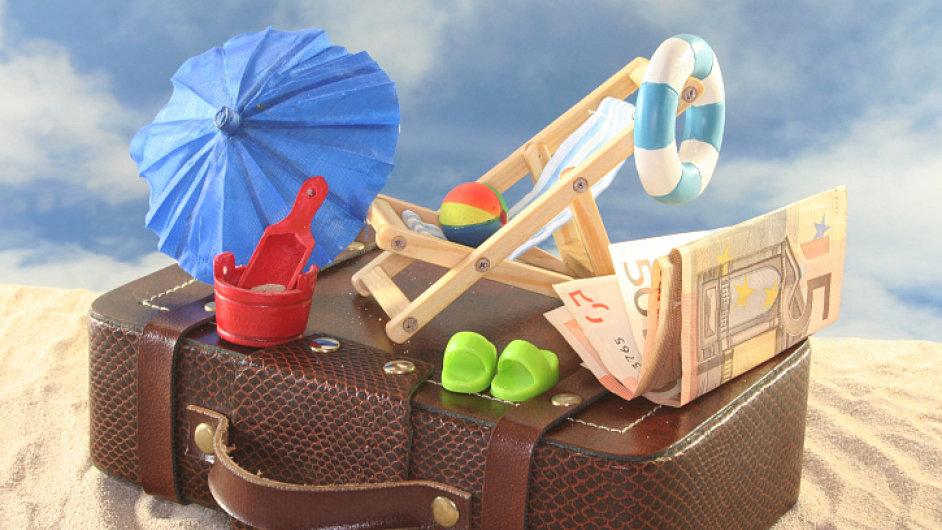 Euro a dovolená. Ilustrační foto.