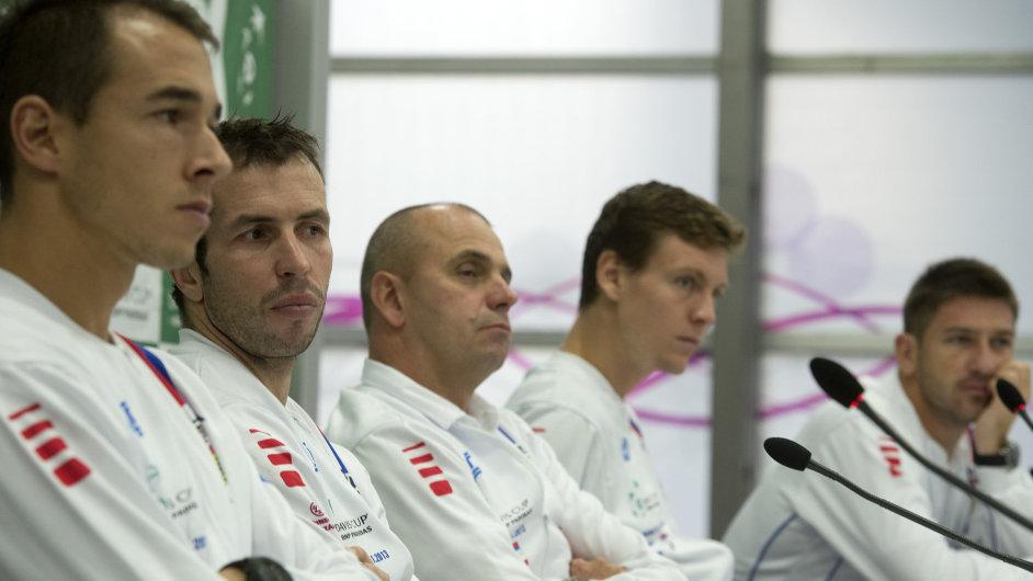 Český daviscupový tým na tiskové konferenci před finále