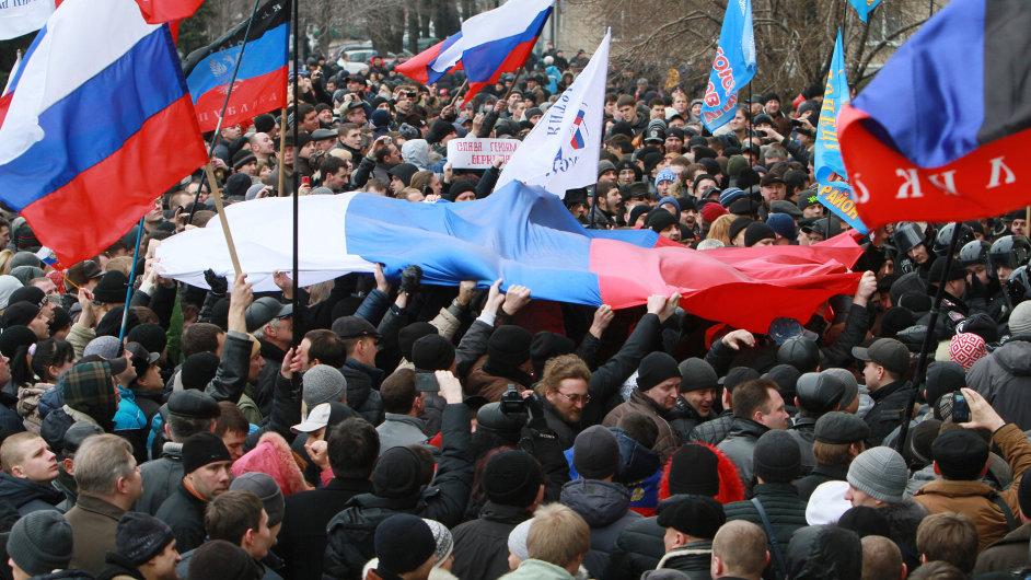 Proruské demonstrace na Ukrajině