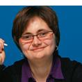 Eva Hn�kov�