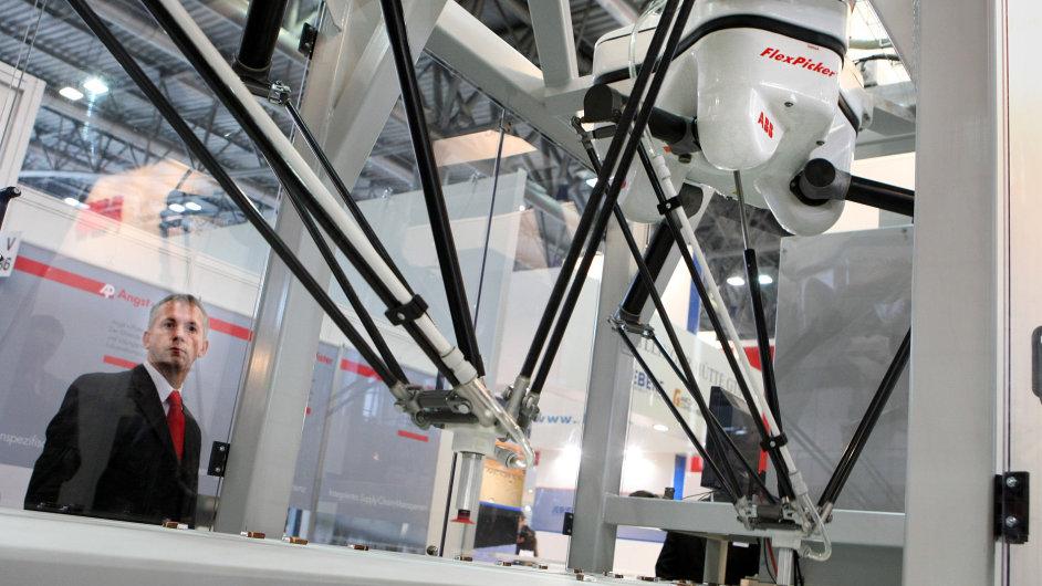 V některých oborech jsou průmysloví roboti už dnes běžní. (na snímku FlexPicker od ABB)
