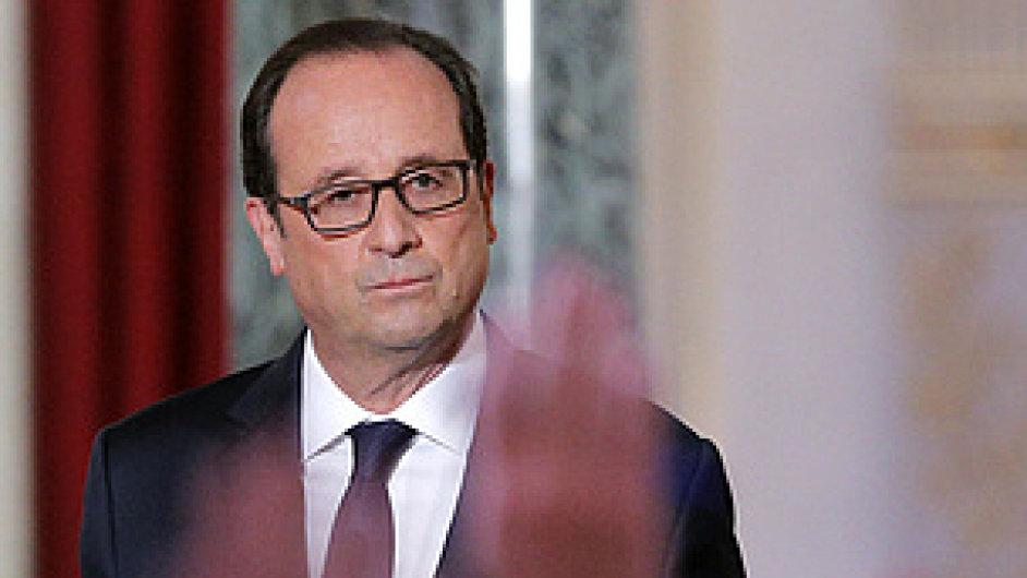 Aktivní zapojení francouzských sil v boji proti islamistům oznámil prezident Francois Hollande ve čtvrtek