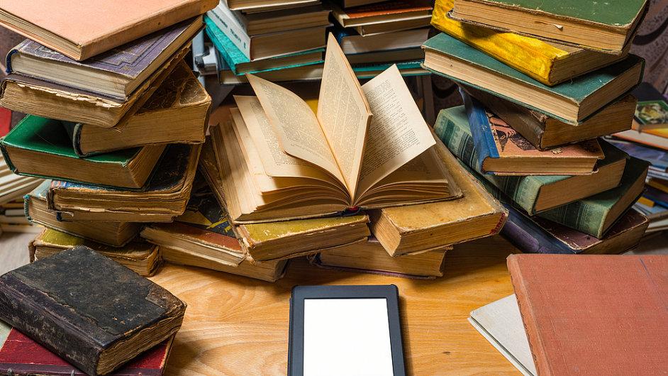 Elektronická kniha by měla být podle některých lidí jen za desetinu ceny té tištěné
