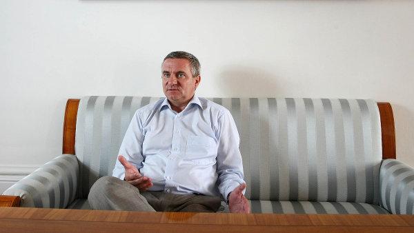 Vedouc� kancel��e prezidenta republiky Vratislav Myn��