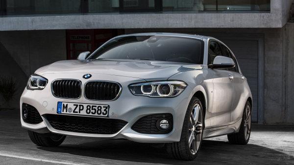 Nejmen�� BMW um� jezdit za p�r korun. Chlub� se spot�ebou 3,4 litru