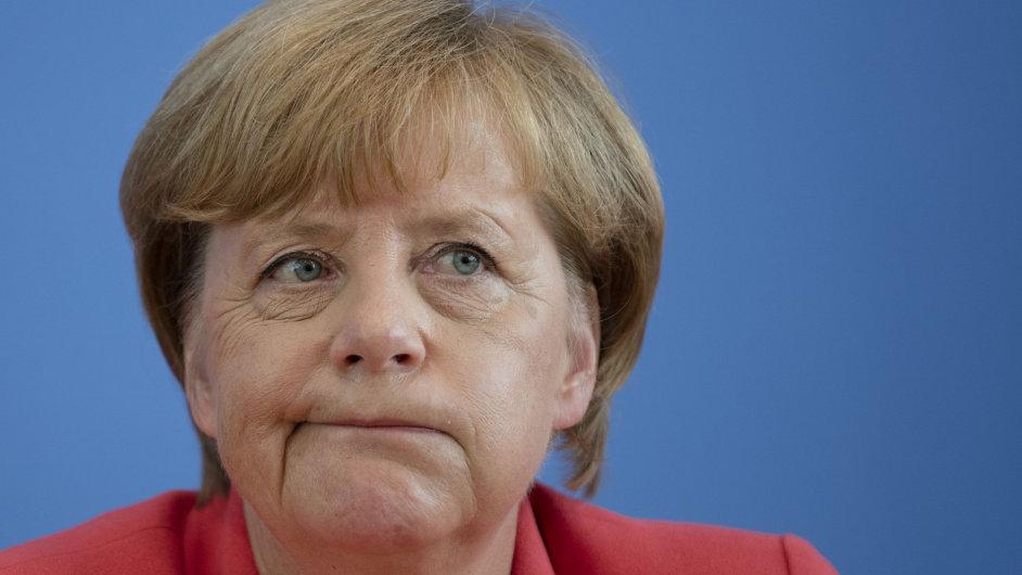 Nemůžeme přijmout všechny uprchlíky, řekla německá kancléřka Angela Merkelová.