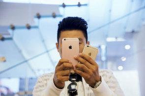 Apple přiznal dva problémy iPhonů 6s: Baterie vymění zdarma, dotykový displej ne