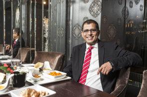 Indie v noblesním stylu: Šéf českého Vodafonu Balesh Sharma má rád jídlo ze své domoviny