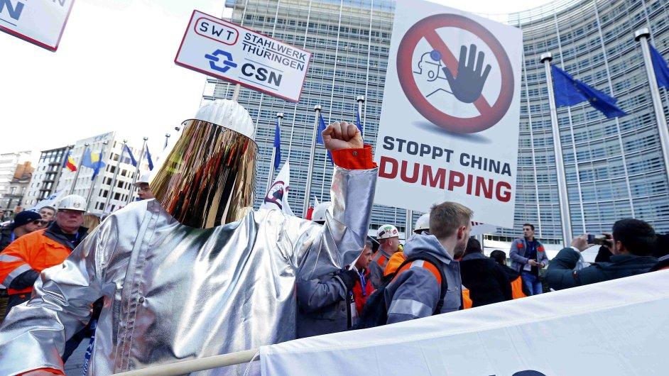 Na protest přijela i německá ocelárna SWT Stadtwerke Tübingen.