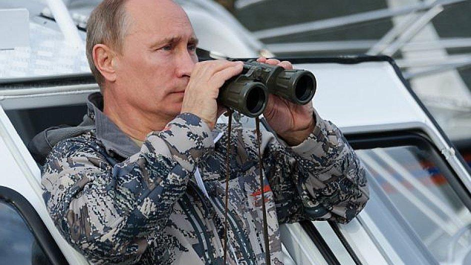 Agentem tajné služby KGB byl i dnešní ruský prezident Vladimir Putin, připomíná komentátor Martin Fendrych.