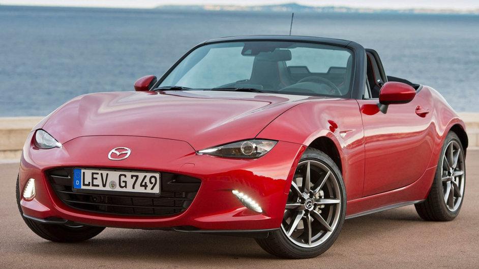 Mazda MX-5, přezdívaná svými fanoušky Miata, je podle mnohých prototypem zábavných aut. Díky nízké hmotnosti dokáže i s relativně slabým čtyřválcovým motorem předvést zajímavé jízdní vlastnosti.