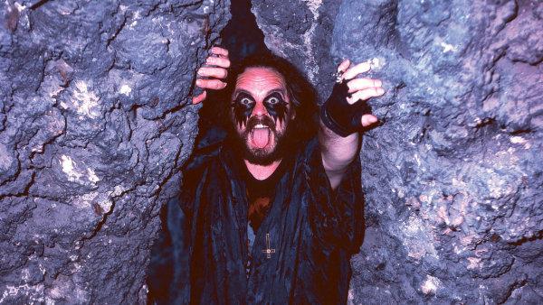 Jiří Valter, který si říkal Big Boss, zakladatel blackmetalové skupiny Root, patřil knejbizarnějším postavám polistopadového období.