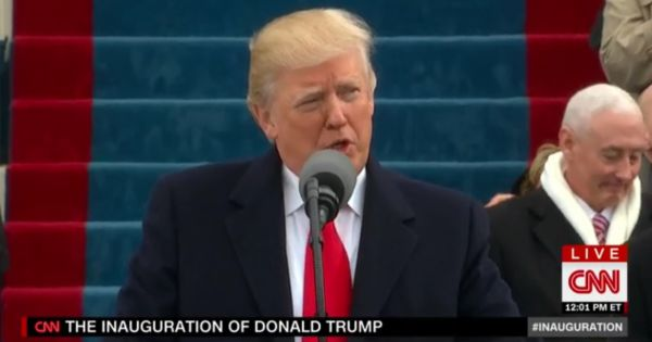 Trump mluvA