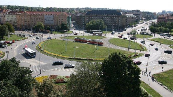 Dejvický Kulaťák se změní z křižovatky na náměstí.