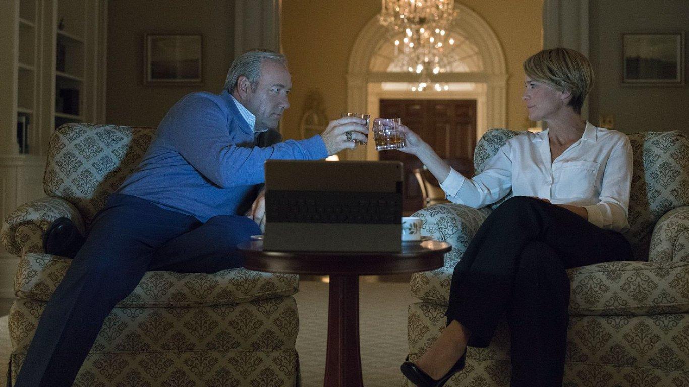 Snímek z nové řady seriálu House of Cards.