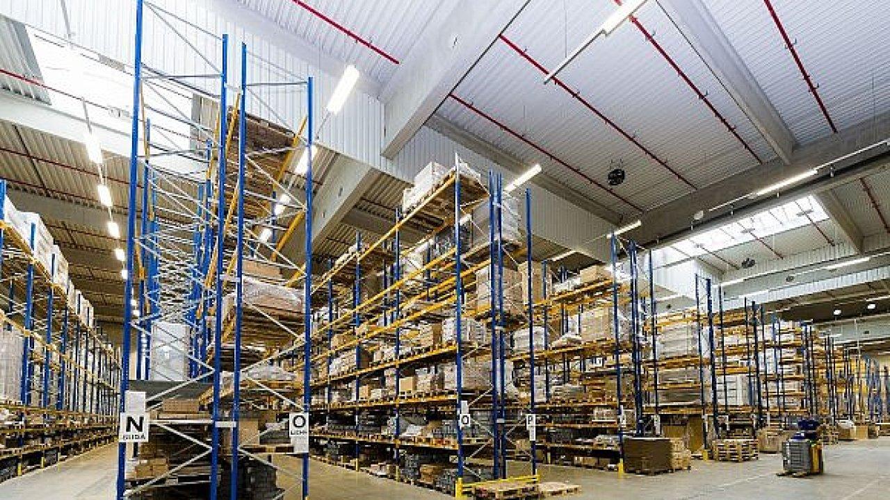 Jedno ze tří velkokapacitních center pro Eaton se nachází v Pohořelicích. DHL jej na základě nové smlouvy rozšíří.