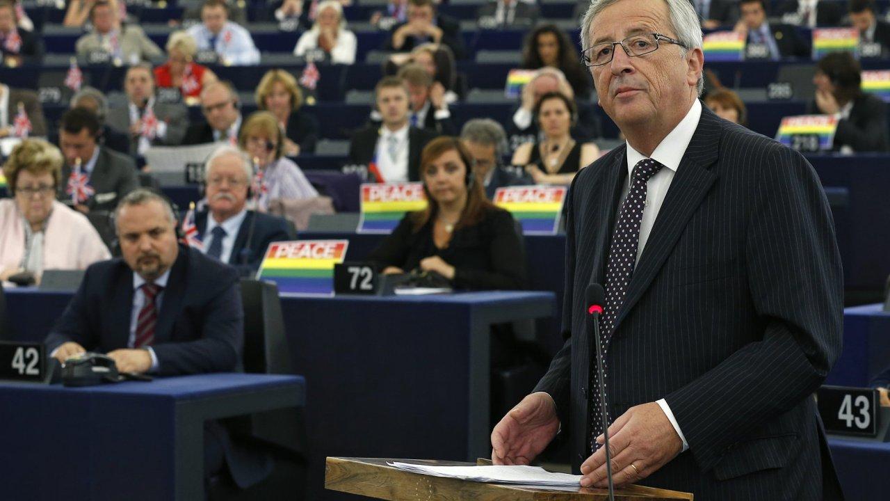 Předseda Evropské komise Jean-Claude Juncker v Evropském parlamentu prohlásil, že dohoda s Británií o odchodu z EU je stále možná.