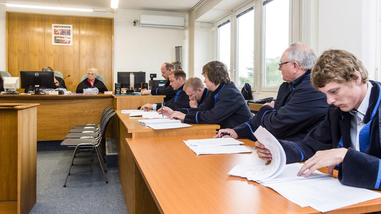 Obžalovaný Pilský promluvil u soudu o zmanipulovaných vládních zakázkách - Ilustrační foto.