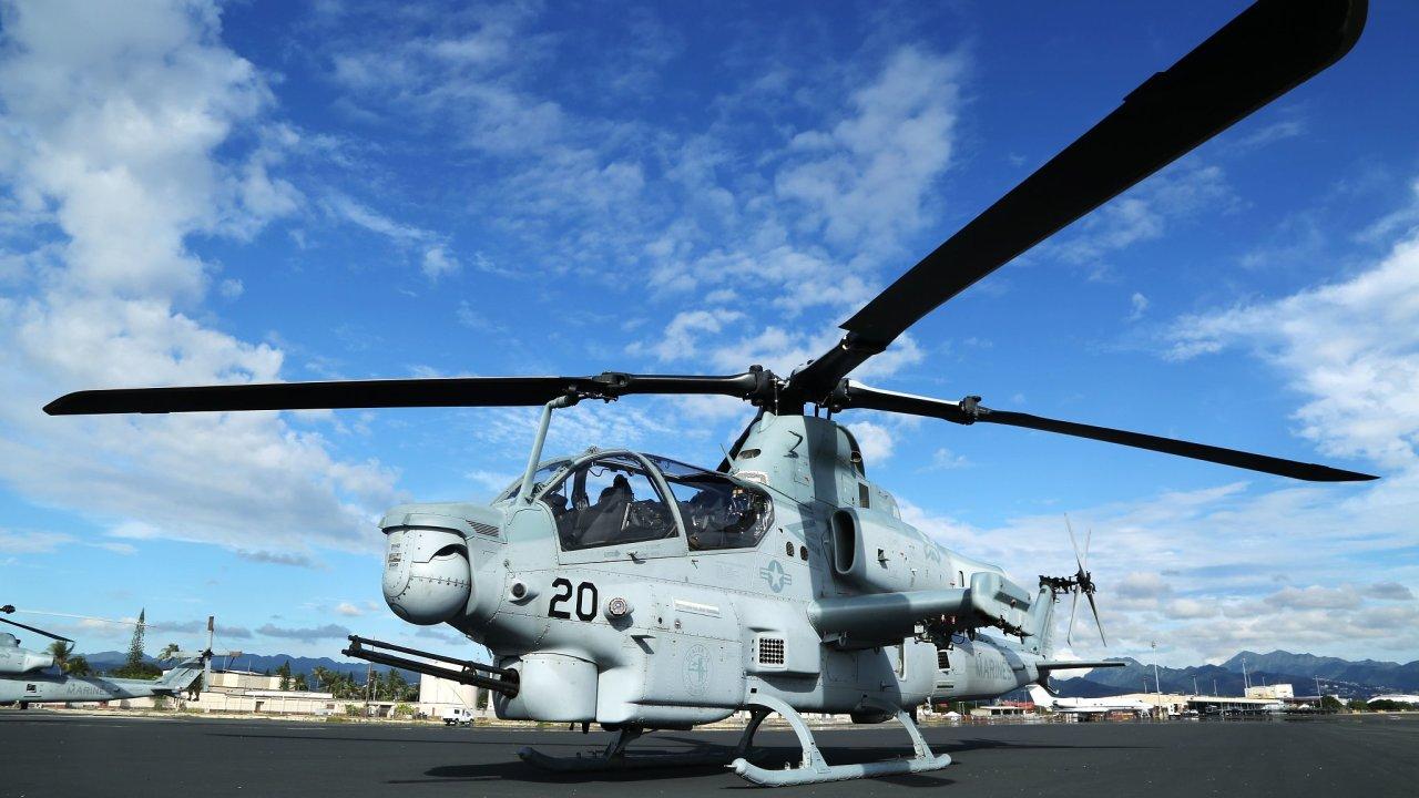 vrtulník AH-1Z Viper