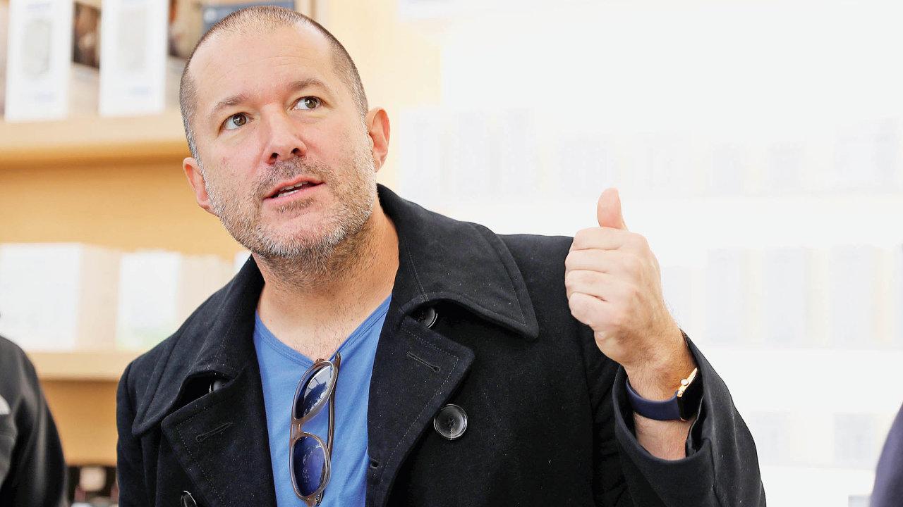 Iveův designbyl prostě sexy. Odprůhledného iMacu přes přelomový iPod až poprodejně superúspěšný iPhone.