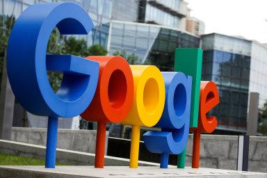 Google na trhu posiluje pozici ustálených velkých společností, které si mohou dovolit platit za reklamu, a znevýhodňuje menší, začínající nebo méně známé firmy.