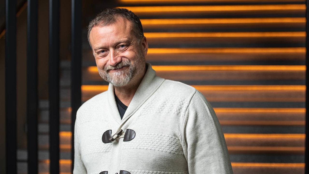 Soupeři apředmět sporu. Podnikatel Marek Čmejla (na snímku) se dřív sRadovanem Vítkem kamarádil. Nyní spolu sJiřím Divišem bývalého partnera žalují.