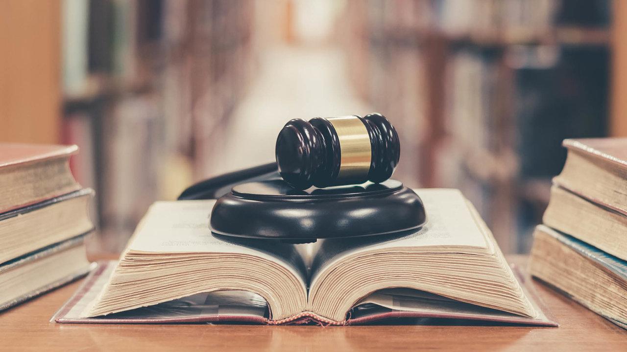 Novela, která měla usnadnit orientacivprávním řádu, způsobila chaos. Není totiž jasné, kterých zákonů setýká.