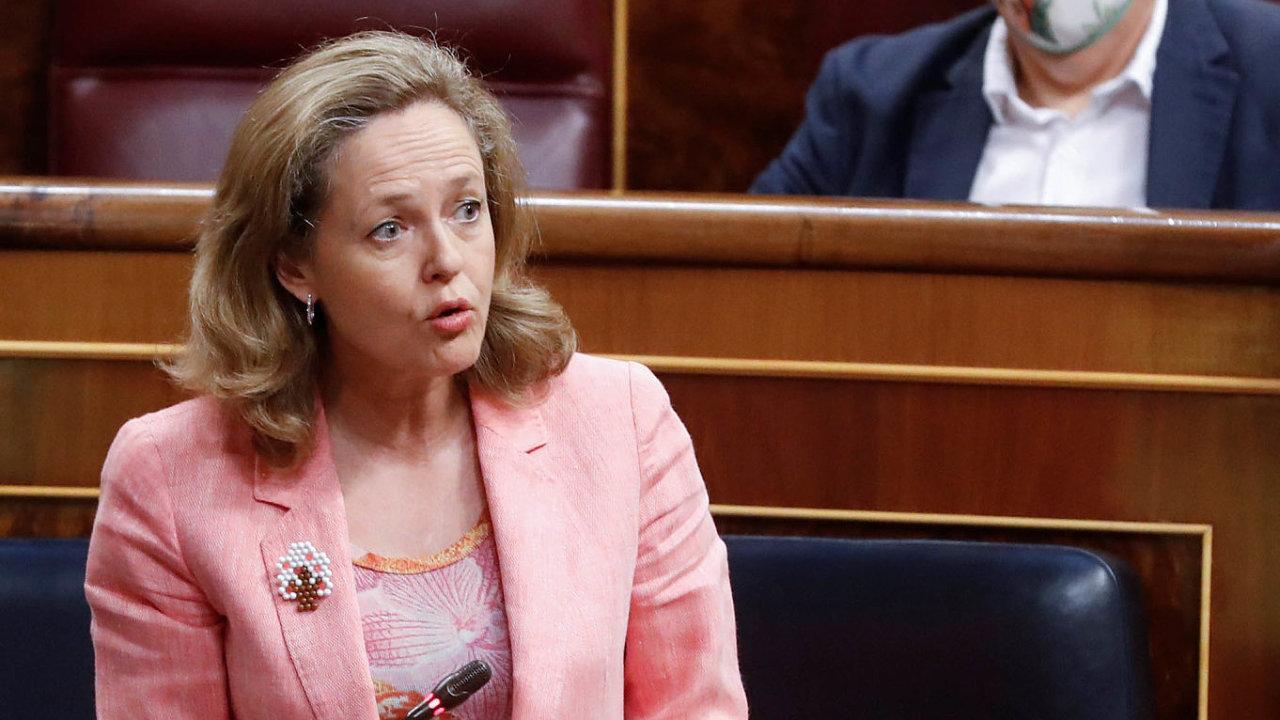 Jeden zkandidátů napost šéfa euroskupiny, španělská ministryně financí Nadia Calviňová, chce dál pracovat natom, aby eurozóna byla silná aprosperující.