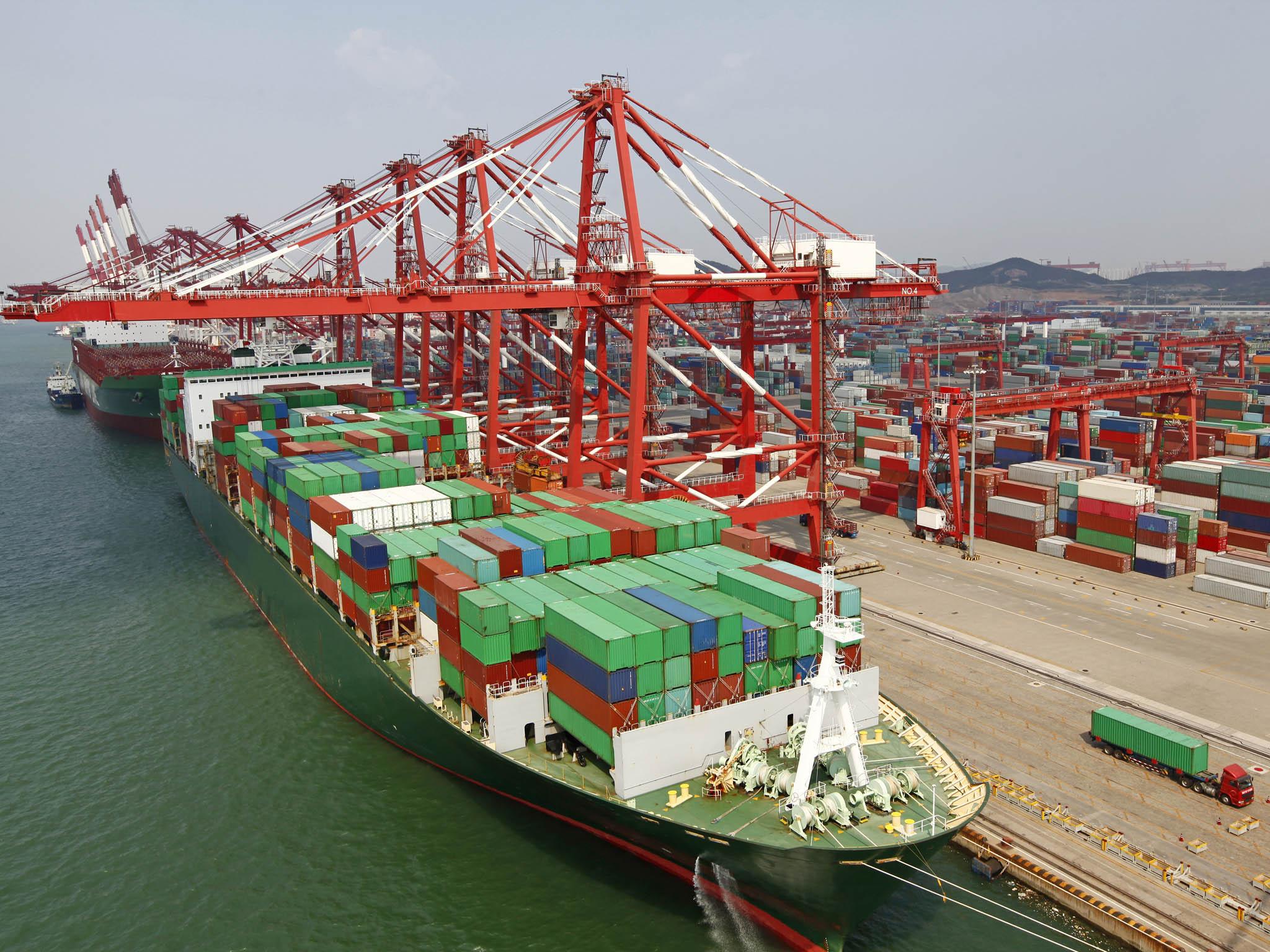 Čínasestala nejvlivnější zemí obrovské zóny volného obchodu, která byla podepsánavevietnamské Hanoji. Oblast zahrnuje 2,2 miliardy lidí z15 zemí azhruba třetinu světové ekonomiky.