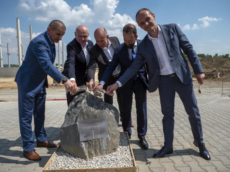 Skupina ABB v Ostravě-Mošnově postaví nové vývojové a výrobní centrum robotiky.