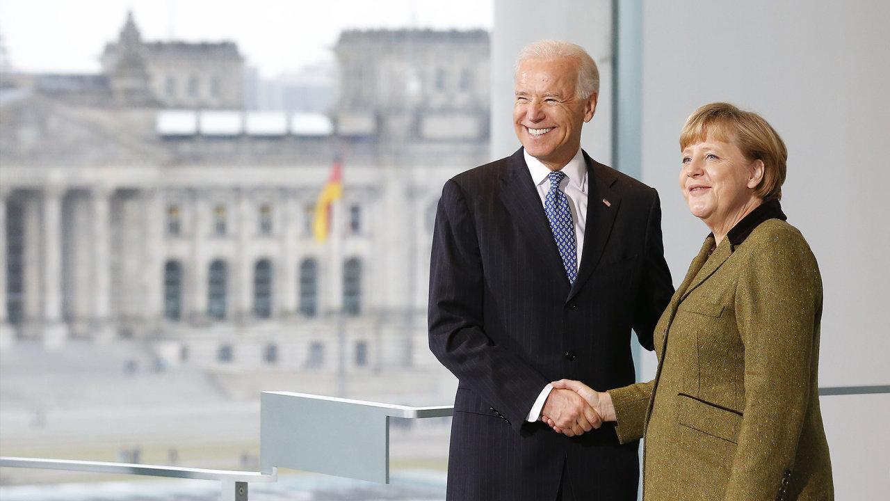 S německou kancléřkou Angelou Merkelovou se Joe Biden setkal už v době, kdy byl ve Spojených státech viceprezidentem Baracka Obamy.