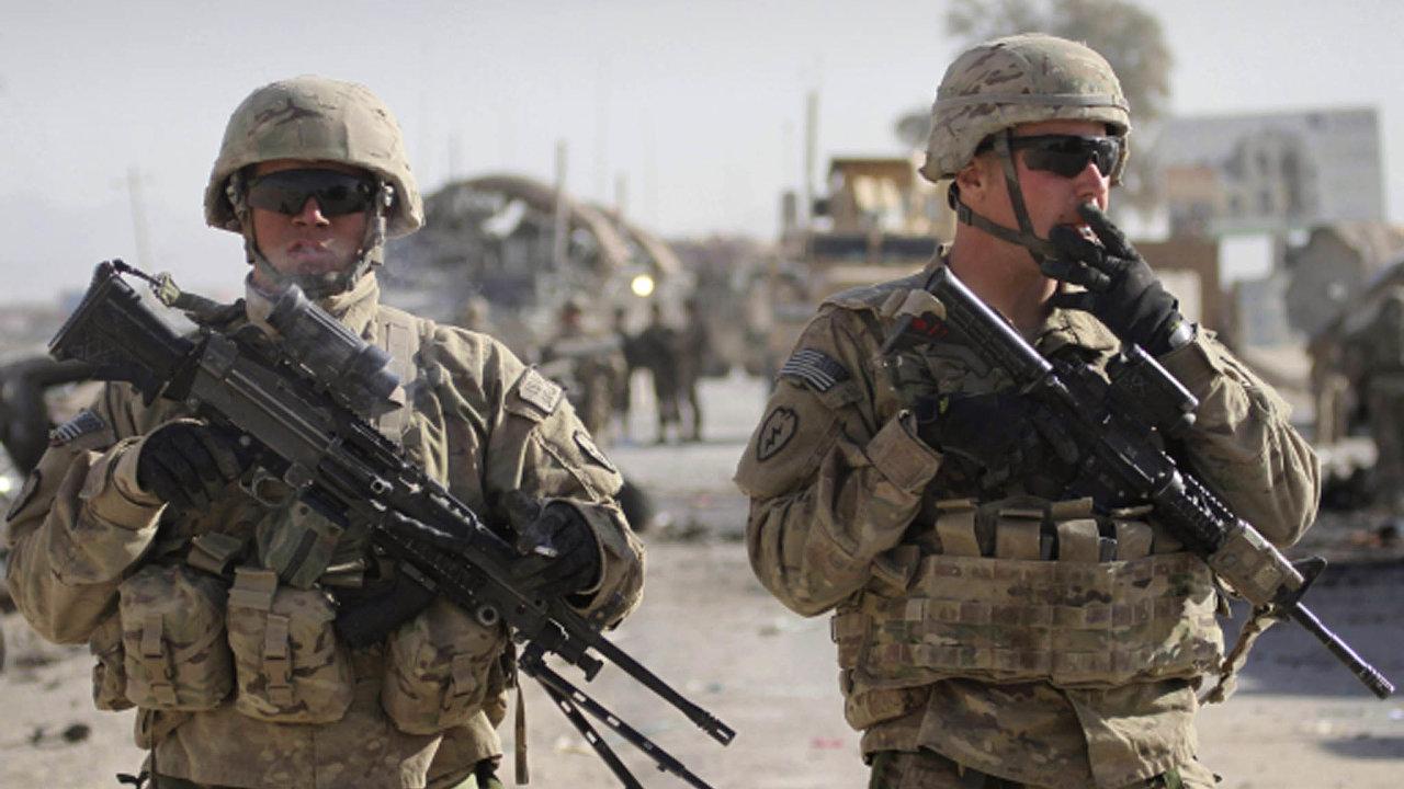Joe Biden oznámil, že do konce roku sice nezůstanou v Iráku žádné americké bojové jednotky, ale více než dva a půl tisíce amerických vojáků tam bude převedeno navýcvikovou aporadní misi.