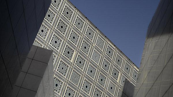 L´Institute du Monde Arabe podle návrhu architekta Jeana Nouvella.