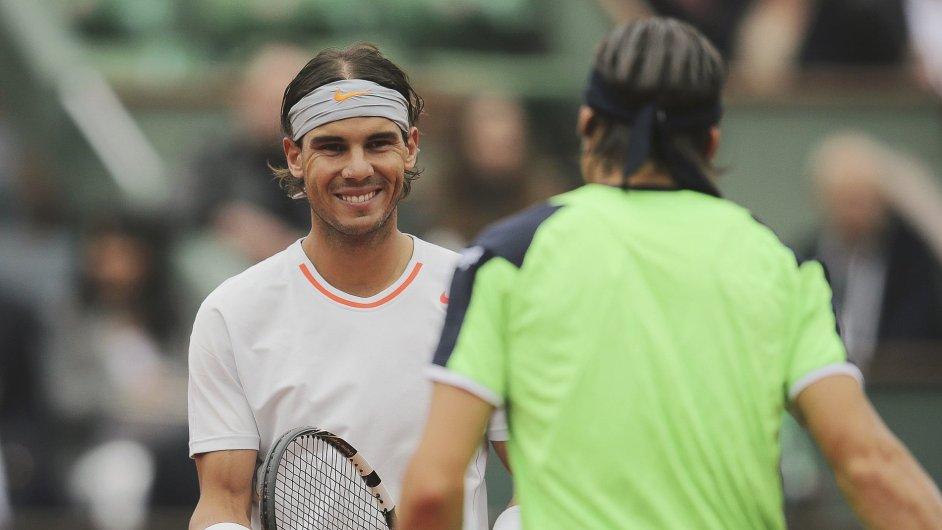 Rafael Nadal (vlevo) poosmé vyhrál French Open