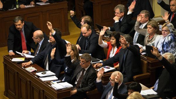 ČSSD chce mít ve sněmovně více žen.
