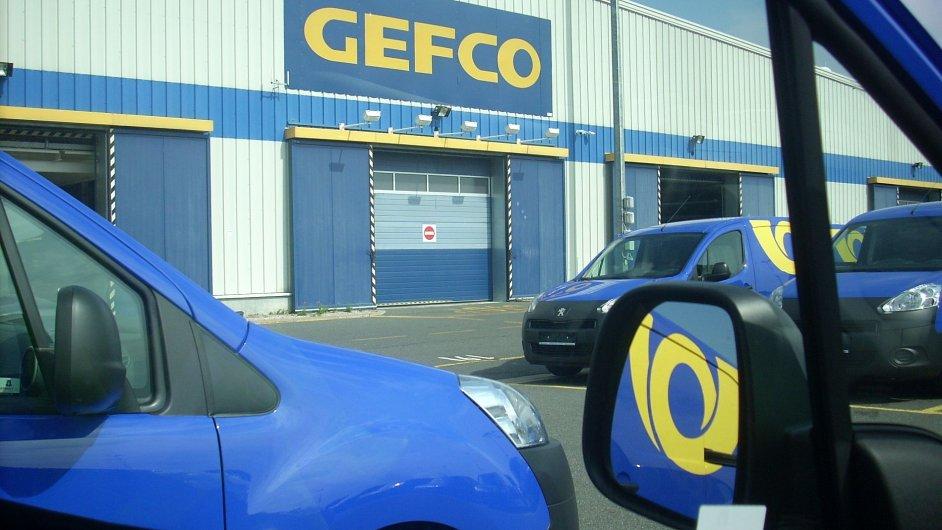 Gefco upravovalo vozy Peugeot pro Českou poštu