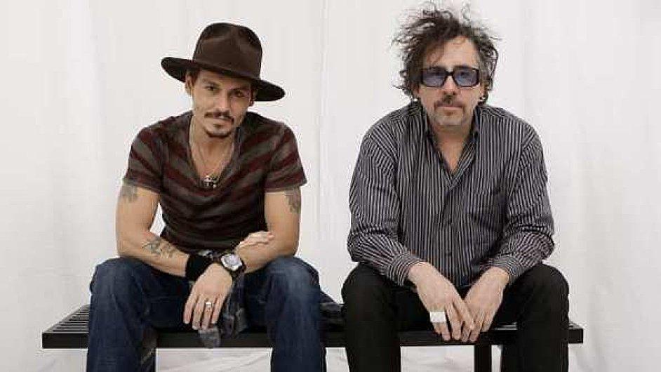 Johny Deep a Tim Burton při výstavě v newyorské galerii MoMA