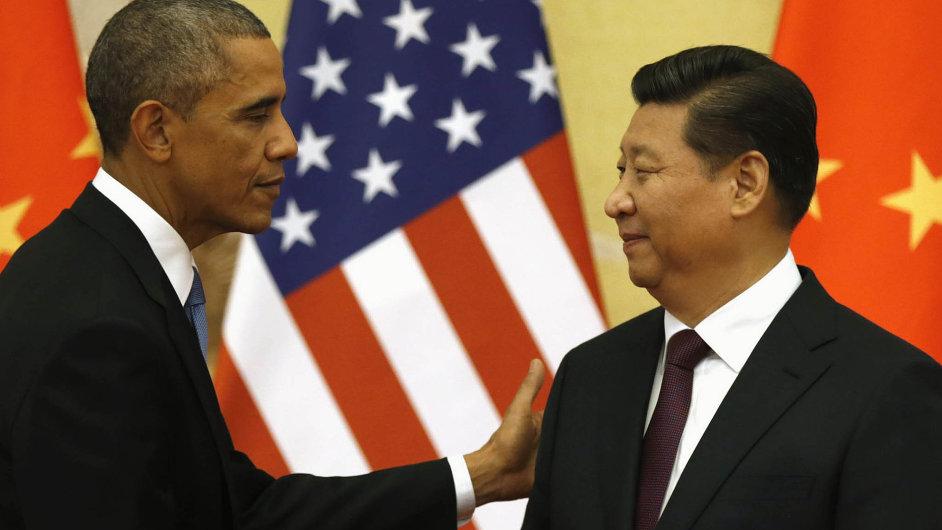Sblížení v Pekingu. Barack Obama a Si Ťin-pching se kromě klimatické dohody mimo jiné domluvili na bližším informování o vojenských incidentech.